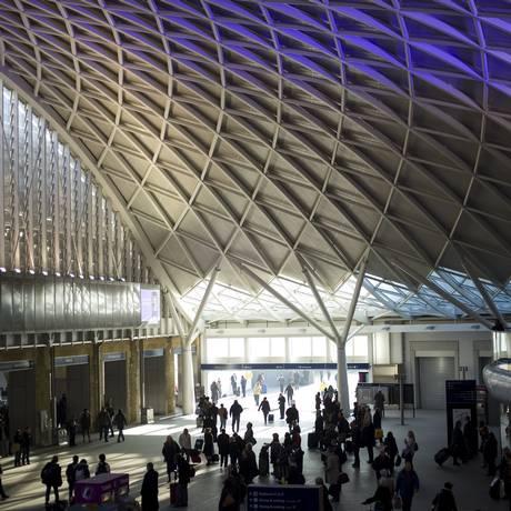 A estação de King's Cross, em Londres, foi reformada em 2012 Foto: ANDREW TESTA / The New York Times