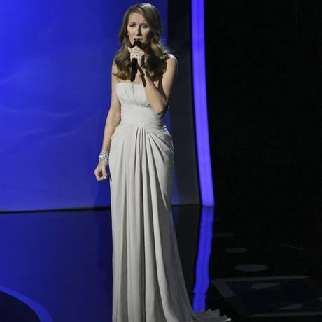 Céline Dion se apresenta na cerimônia do Oscar em Los Angeles em 2011 Foto: MONICA ALMEIDA / NYT