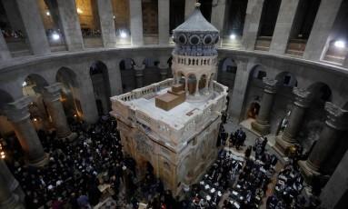 Cerimônia marca o fim das obras de restauração no Túmulo de Jesus Cristo, na Basílica do Santo Sepulcro, na Cidade Velha de Jerusalém Foto: POOL / REUTERS/Menahem Kahana/22-3-2017