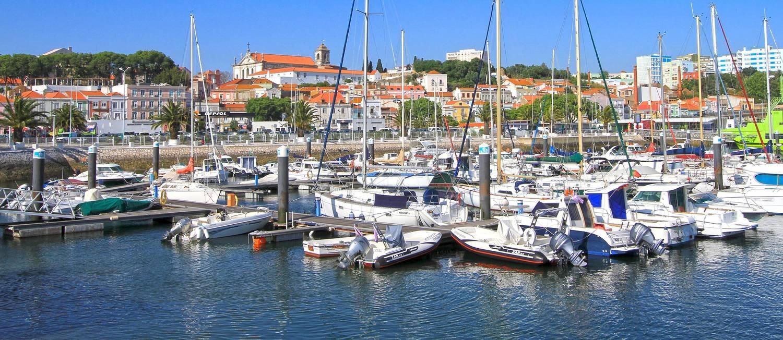 Setúbal. Barcos lotam as docas da cidade, às margens do estuário do Rio Sado Foto: Jose Luis Costa / Município de Setúbal/Divulgação