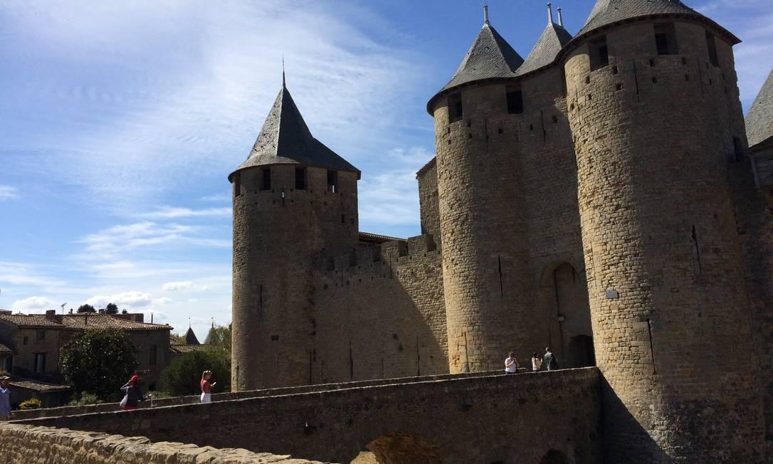 Fortificação. No castelo Comtal, em Carcassonne, fica a última linha de defesa da cidade medieval Foto: Alina Hartounian/AP