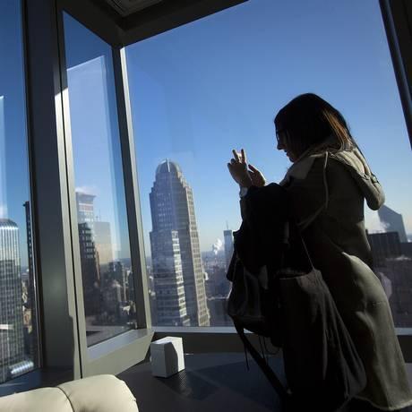 De olho na janela: para ex-agente da Cia, turista precisa estar atento à vizinhança do hotel Foto: Carlo Allegri/Reuters