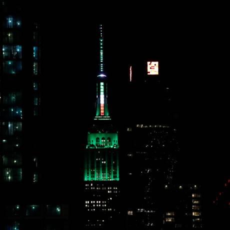 Luzes. A torre do Empire State vai ganhar novo efeito de iluminação Foto: Jeenah Moon / Reuters