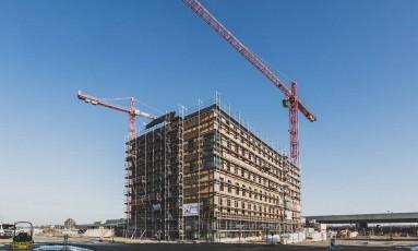 Ecológico. O HoHo, que está sendo construído em Viena, será o maior prédio de madeira do mundo Foto: Escritório de Turismo de Viena/Divulgação