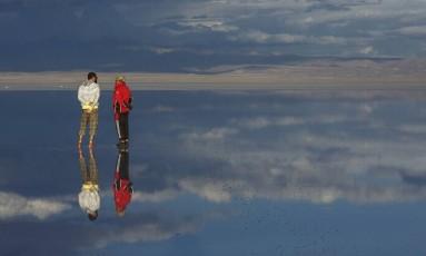 Alerta. Turistas a caminho do Salar de Uyuni, na Bolivia, devem ficar atentos aos protestos na região Foto: Daniel Marenco / Agência O Globo
