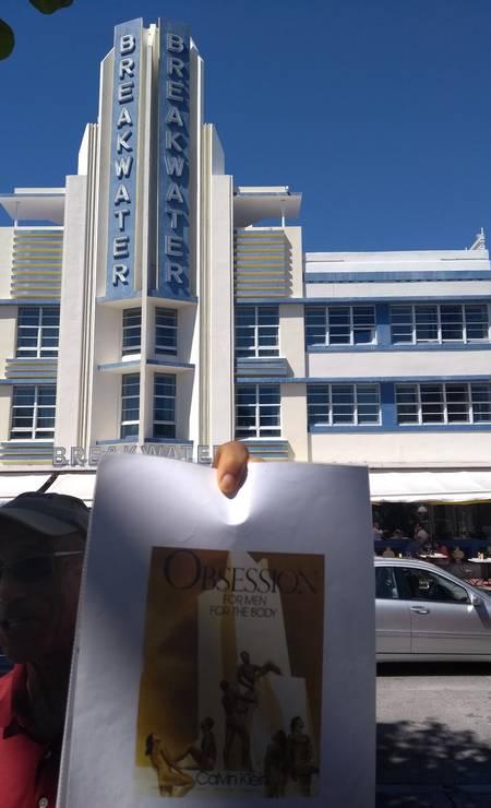 A campanha de Calvin Klein para os perfumes da linha Obsession foi decisiva para a revitalização de South Miami Beach, conta o guia Howard Brayer Foto: Cristina Massari / Agência O Globo