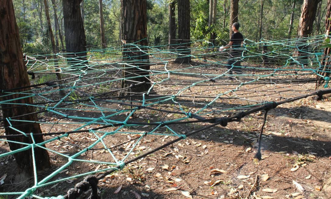 Estas 'teias de aranha' foram construídas para os visitantes poderem ver as copas das árvores Foto: Ana Beatriz Marin / Agência O Globo