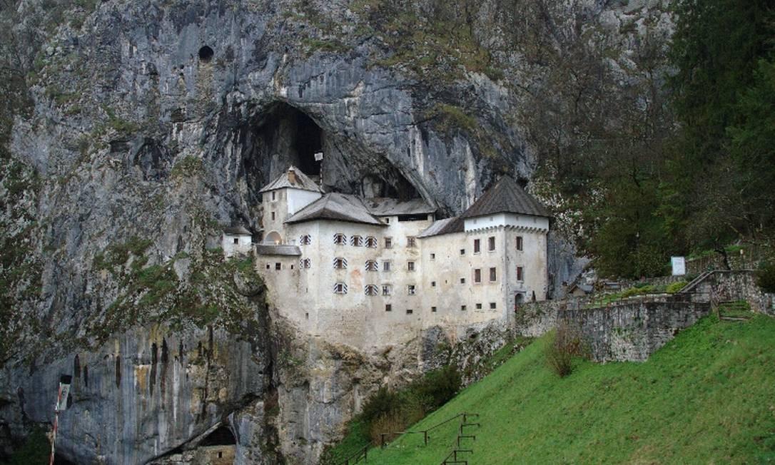 Castelo de Predjama, na Eslovênia Foto: Eduardo Vessoni