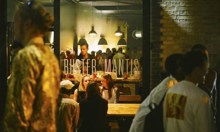 Buster Mantis, em Londres Foto: Divulgação