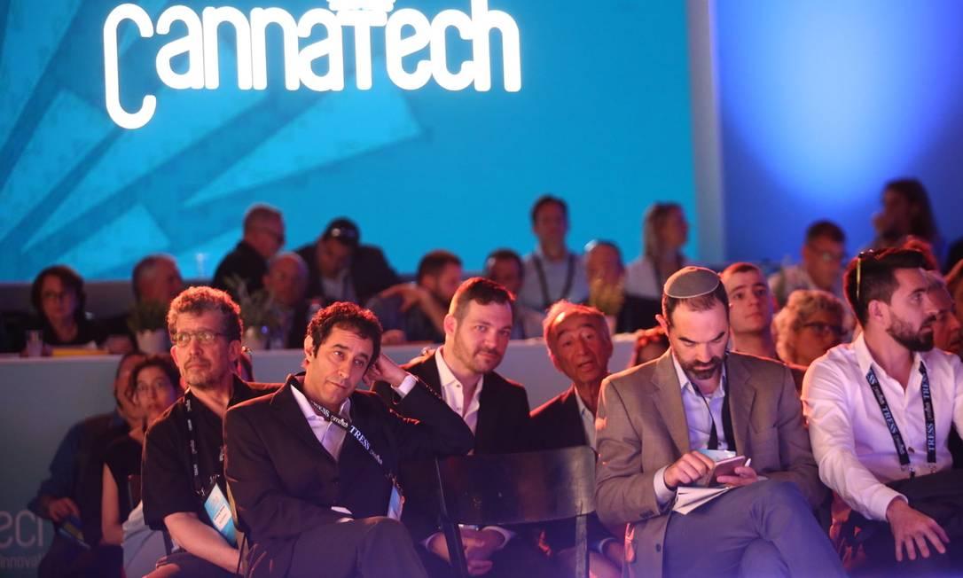 """Uma das palestras do """"CannaTech"""", que aconteceu esta semana em Israel Foto: Photogenim / Tal Pais"""