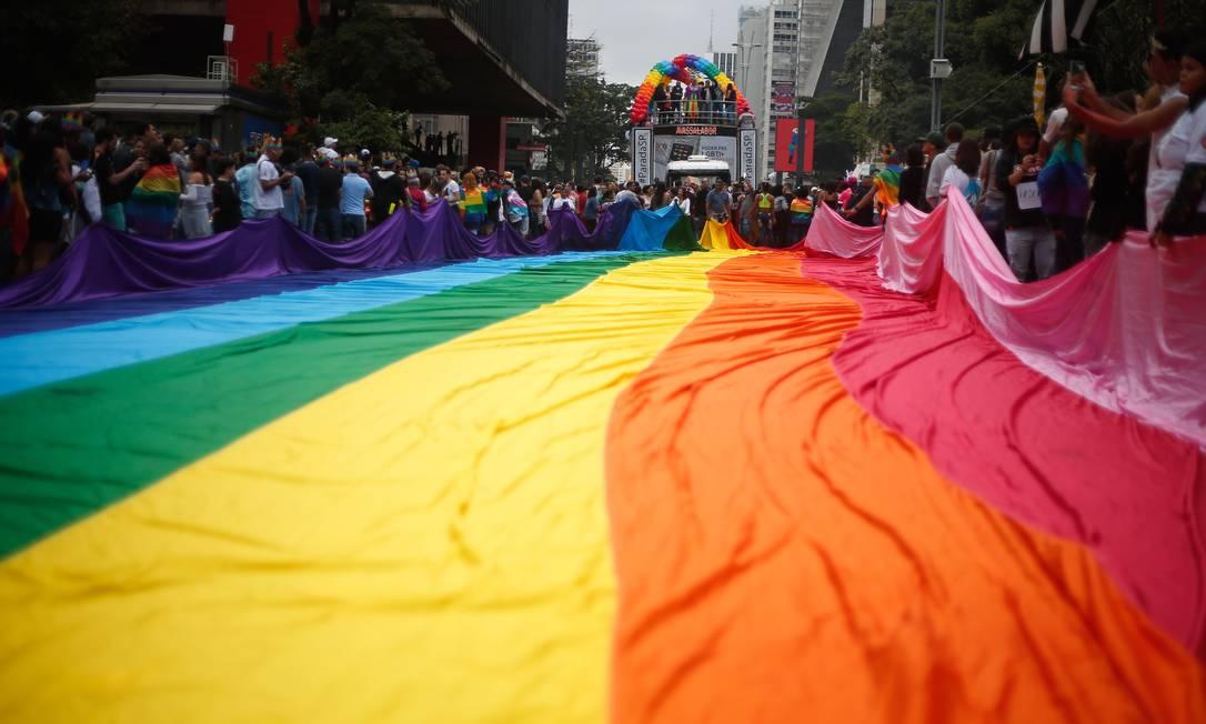 Parada LGBTI em São Paulo: homofobia é um tema polêmico na relação entre os Poderes, e Congresso resiste a legislar sobre o tema há anos Foto: Marcos Alves / Agência O Globo