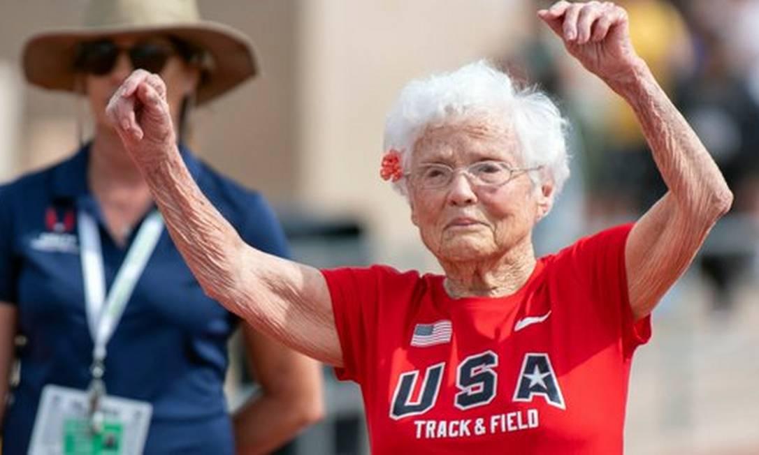 Americana Julia Hawkins, de 103 anos, corre provas de 100 metros rasos Foto: NYT