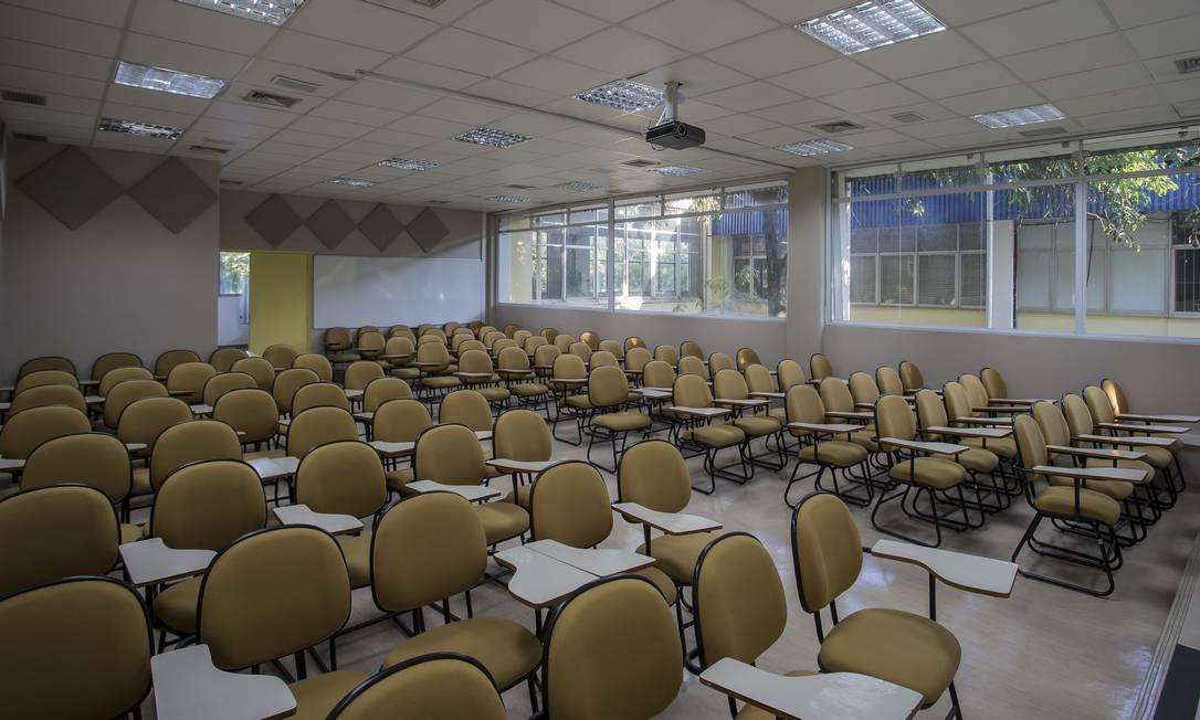 Sala vazia na Universidade de São Paulo: aulas presenciais suspensas com a pandemia de coronavírus. Foto: Edilson Dantas / Agência O Globo