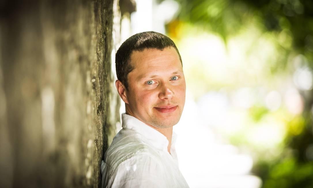 """""""Por enquanto, é inimaginável que um canal russo exiba uma família gay, um núcleo de minorias sexuais"""", diz o economista Sergey Moldovan. Foto: Agência O Globo"""