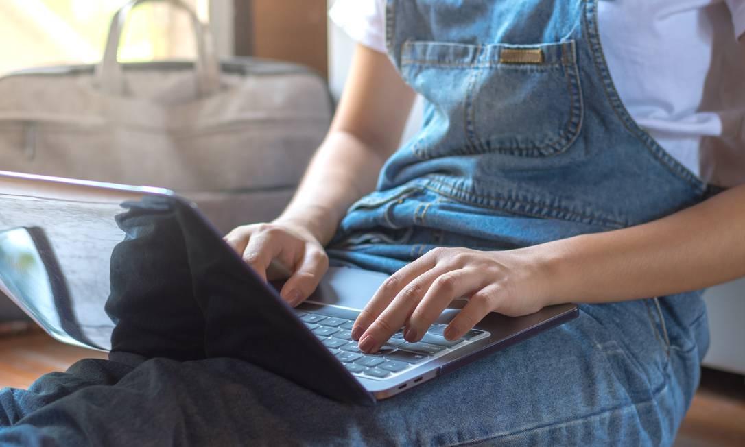 Simulados podem ser feitos on-line e são gratuitos Foto: shutterstock.com
