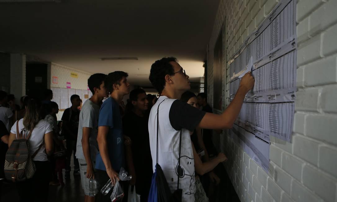 Colégio GISNO, na Asa Norte de Brasília, que teve provas do Enem neste domingo Foto: Jorge William / Agência O Globo