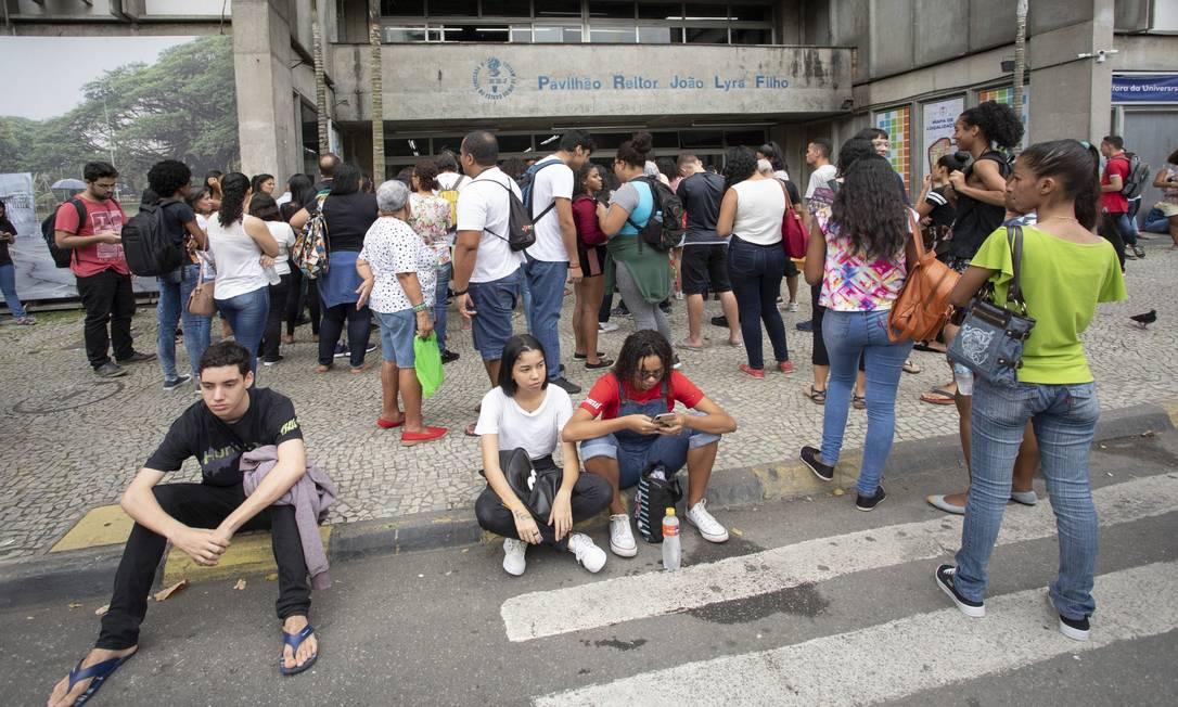 Estudantes fazem Enem na Universidade do Estado do Rio de Janeiro (Uerj) Foto: Ana Branco / Agência O Globo