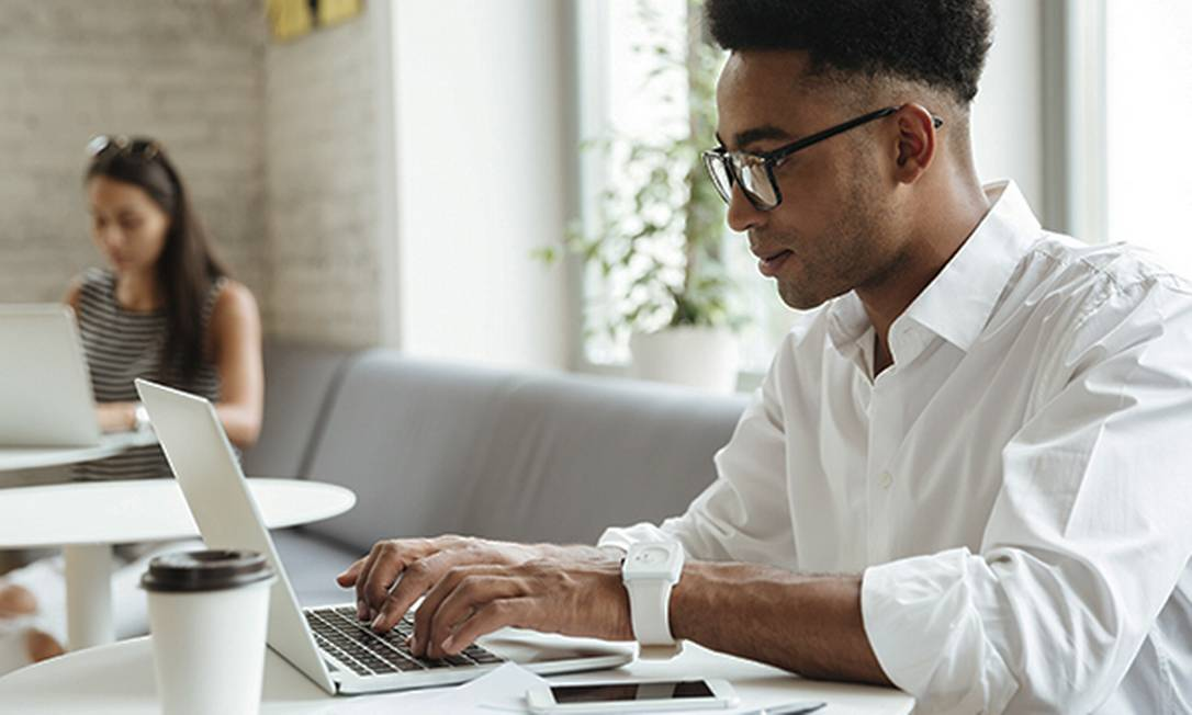 Ganhe 30% de desconto em cursos online que preparam para o mercado de trabalho digital. Foto: Divulgação / Digital House