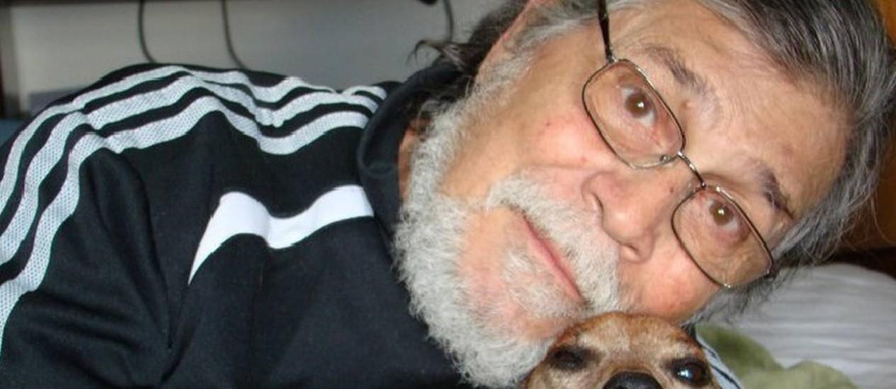 O corpo do dramaturgo foi encontrado em seu apartamento nos Jardins, em São Paulo Foto: Reprodução/Facebook
