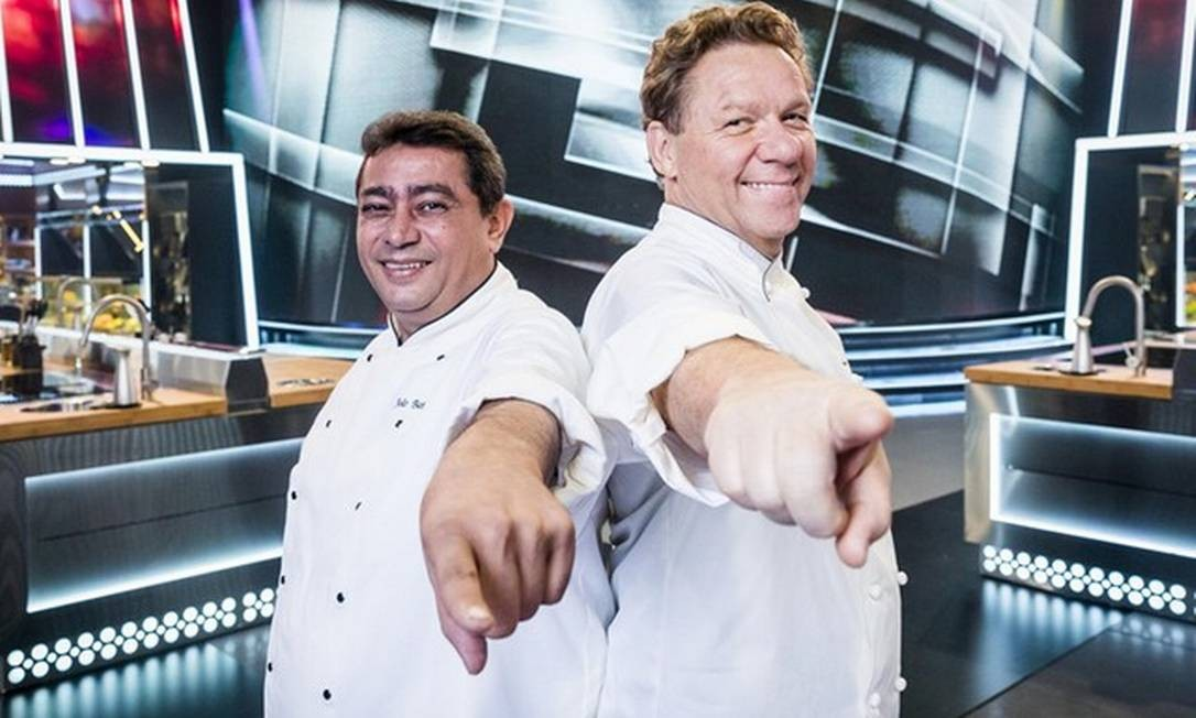 Batista e Claude Troisgros no 'Mestre do sabor' Foto: Victor Pollak/TV Globo