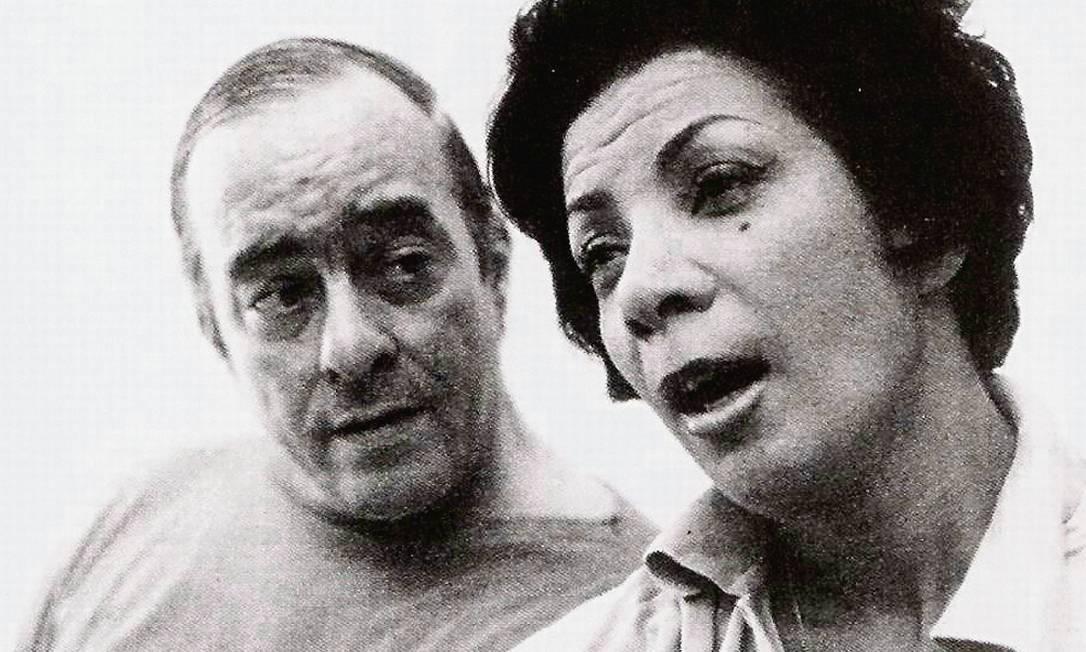 Elizeth Cardoso com o compositor e poeta Vinicius de Moraes Foto: Terceiro / Agência O Globo