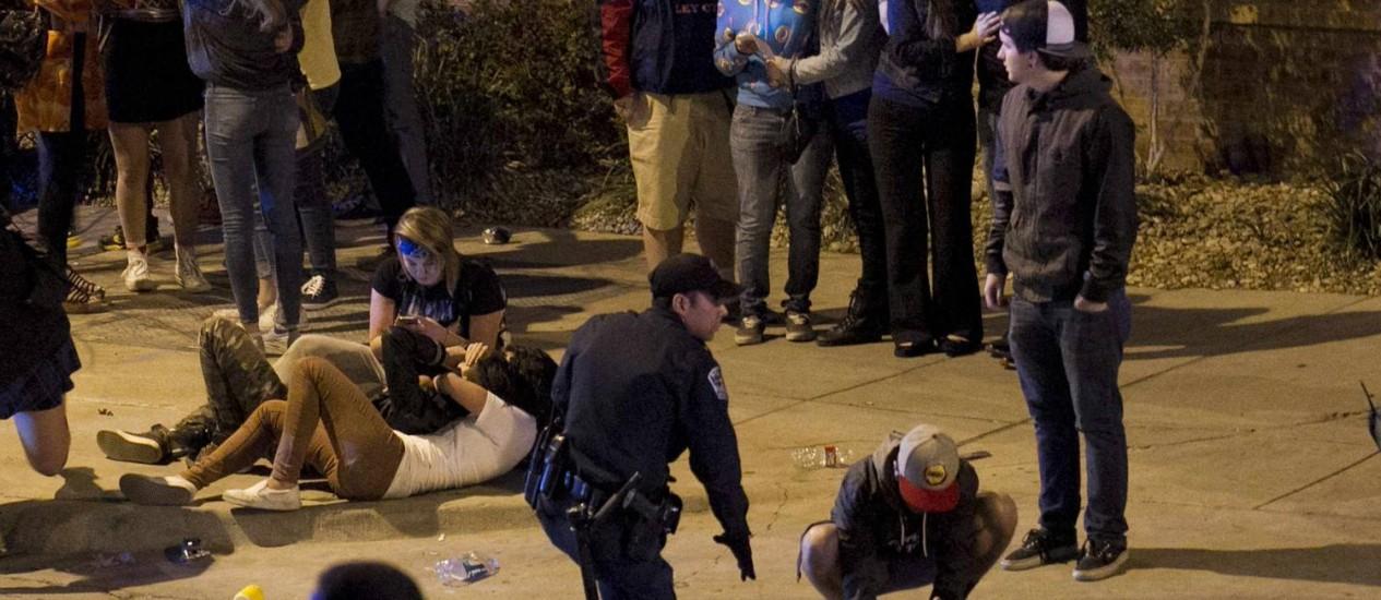 Feridos são socorridos após atropelamento no festival SXSW, em Austin Foto: HANDOUT / REUTERS