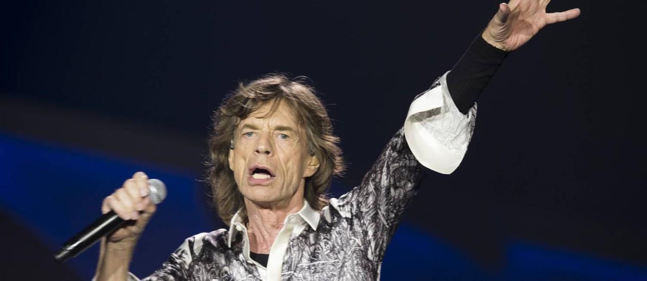 Mick Jagger durante show dos Rolling Stones em Oslo Foto: Terje Bendiksby / AP
