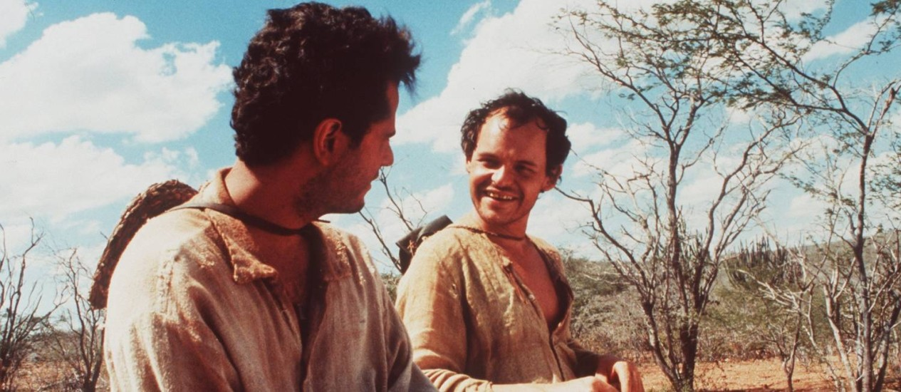 Selton Mello e Matheus Nachtergaele em cena de 'O auto da Compadecida' Foto: Divulgação
