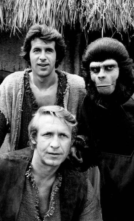 'Planeta dos macacos' (TV). Entre setembro e dezembro de 1974, a rede americana CBS exibiu a série 'Planeta dos macacos', inspirada no filme homônimo de 1968. O programa durou apenas uma temporada, com 14 episódios. Foto: Reprodução