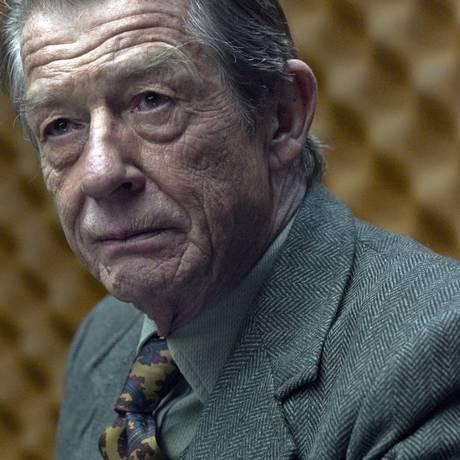 Hurt em cena do filme 'O espião que sabia demais' Foto: Divulgação