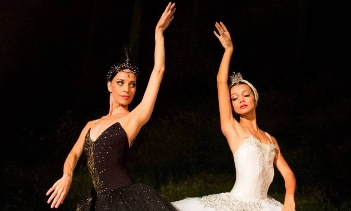 O balé 'O Lago dos Cisnes', no Teatro Municipal. Foto: Júlia Rónai / Divulgação