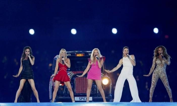 Spice Girls durante show de encerramento das Olimpiadas de Londres Foto: Divulgação