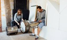 'Hobra' apresenta criação musical de Floriano Romano e Emma Rekers Foto: Elisa Mendes / Divulgação