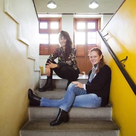 Kátia (à frente) e Lili Fialho iniciaram as filmagens há um ano Foto: Leo Martins / Agência O Globo