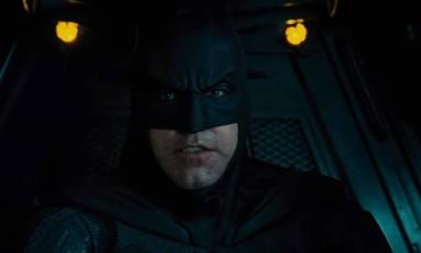 Ben Affleck em cena do trailer de 'Liga da Justiça' Foto: Reprodução