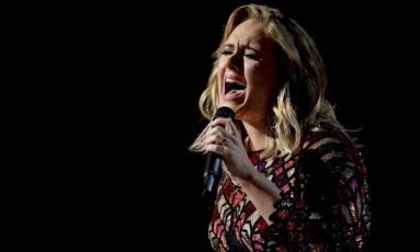 Cantora Adele durante show Foto: Matt Sayles / Matt Sayles/Invision/AP