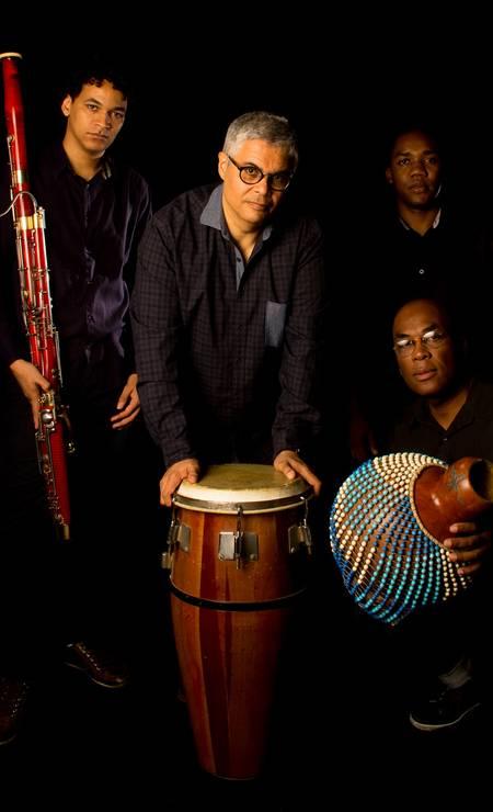 """O grupo do pianista apresenta a """"Suíte dos Orixás"""", na Casa do Choro (3325-0102), no Centro. Qui, às 19h. R$ 40. Livre. Foto: Pat Duarte / Divulgação"""