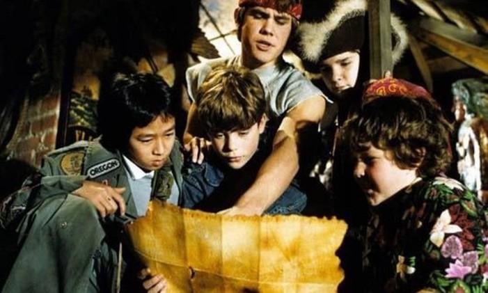 """Sean Astin (centro) em cena do clássico dos anos 80 """"Goonies"""" Foto: Reprodução"""