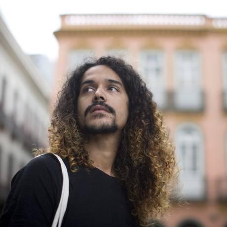 Geovani Martins: livro de contos sobre a vida nas favelas do Rio Foto: Márcia Foletto / Agência O Globo