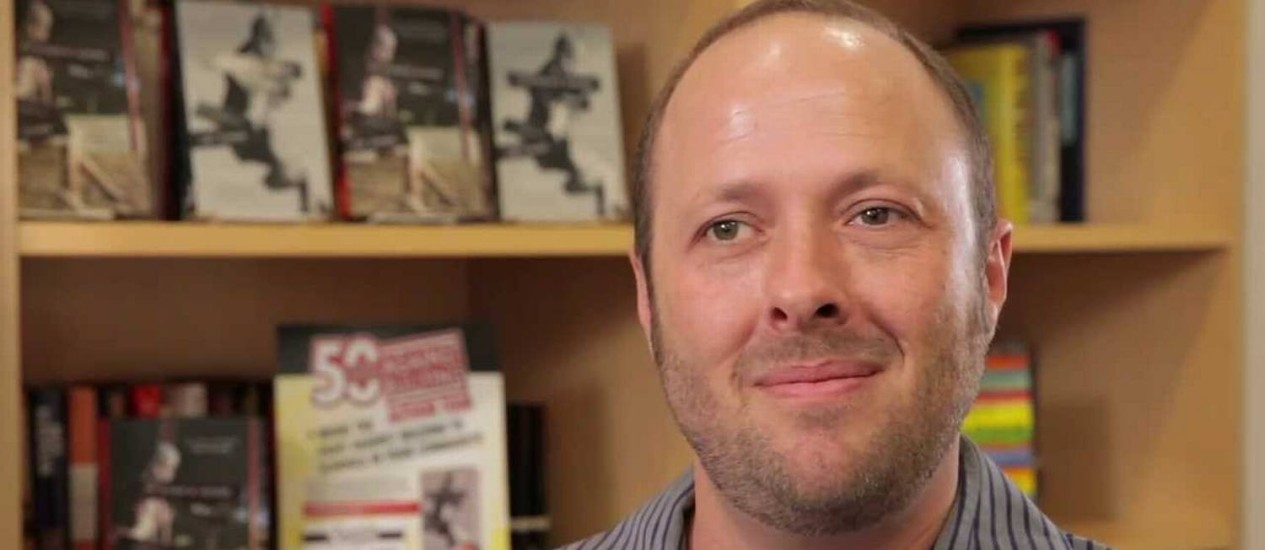 Jay Asher foi expulso de organização e teve palestra cancelada Foto: Reprodução/Youtube