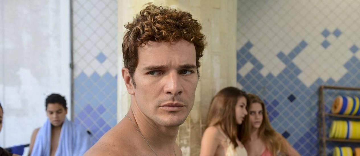 'Aos teus olhos': Daniel de Oliveira interpreta um professor acusado de beijar um aluno na boca no filme de Carolina Jabor Foto: Daniel Chiacos / Divulgação