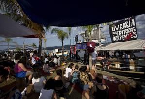 o barco da Flipei, com grande público Foto: Márcia Foletto / Agência O Globo