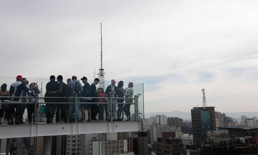 Os novos prédios do Sesc (no alto) e do Instituto Moreira Salles são hits no Instagram Foto: Marcos Alves / Agência O Globo