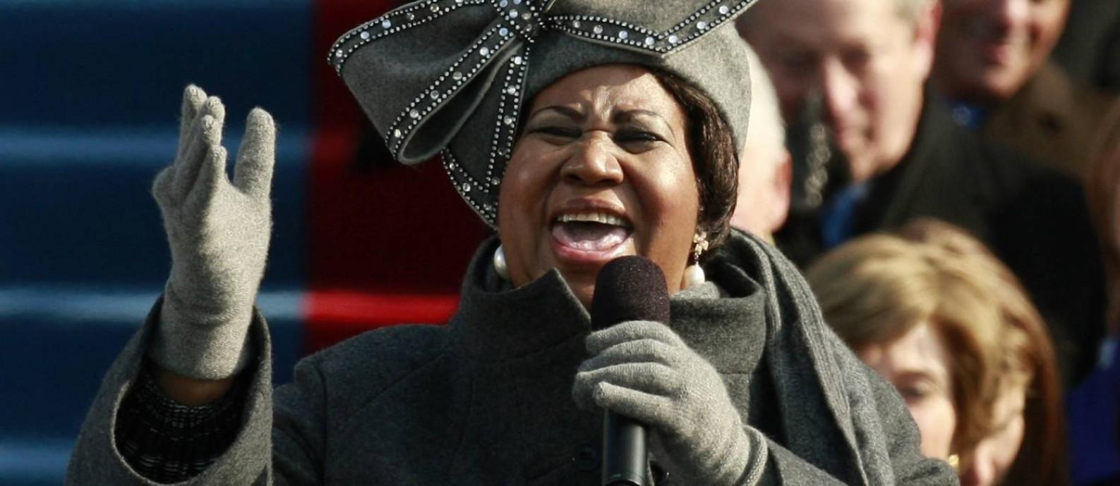 Aretha Franklin canta para o recém-eleito presidente Barack Obama, em 2009 Foto: Jason Reed/Reuters