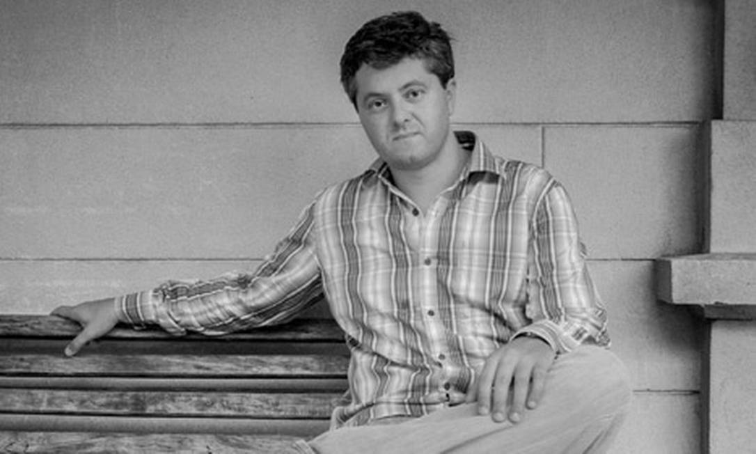 O escritor Ricardo Lísias Foto: Fernanda Fiamoncini / Divulgação