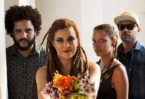 A banda de rock carioca Canto Cego Foto: Fred Fogel / Divulgação