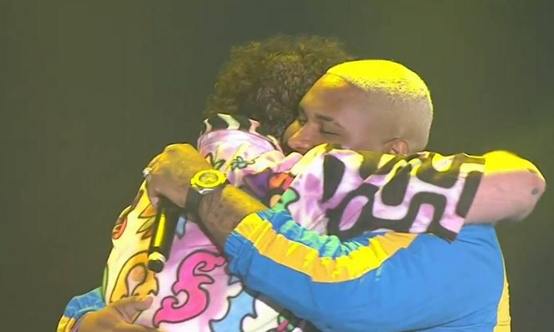 Post Malone abraça Kevin O Chris no Lollapalooza Foto: Reprodução