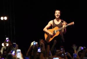 O cantor Tiago Iorc Foto: Lucas Tavares / Agência O Globo