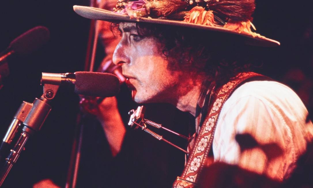"""Bob Dylan no filme """"Rolling Thunder Revue"""", de Martin Scorsese Foto: Divulgação/Netflix / Divulgação/Netflix"""