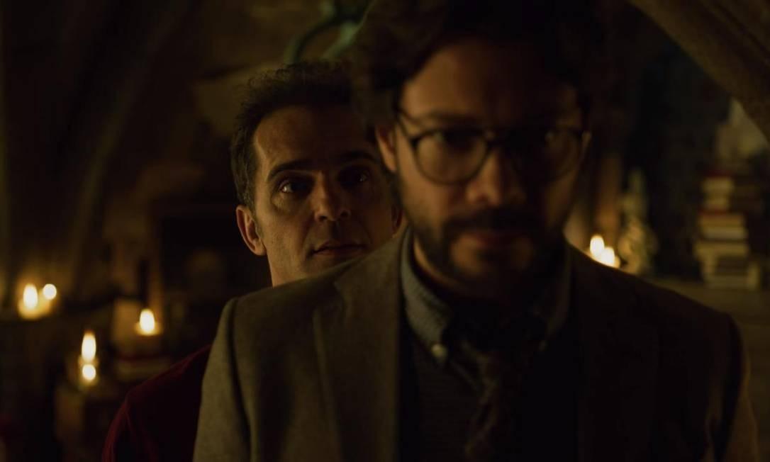 """Berlim (Pedro Alonso) e Professor (Alvaro Morte) em cena de """"La casa de papel"""" Foto: Reprodução"""